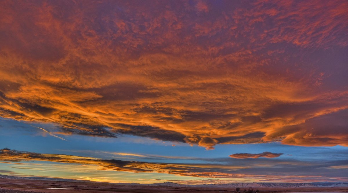 Laramie Sunset 12_19_16.jpg