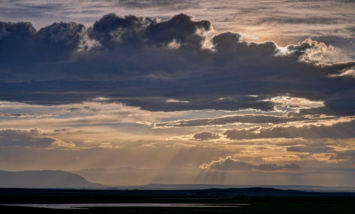 Laramie Sunset 6_6_14.jpg