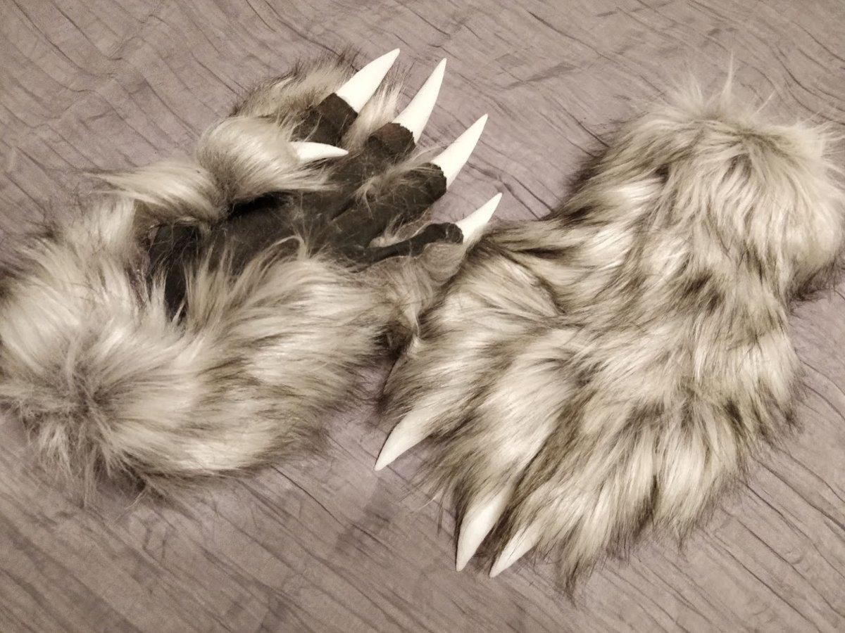 wolf-gloves.jpg